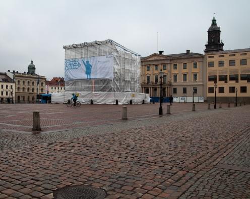 Ett nästan öde Gustav Adolfs torg
